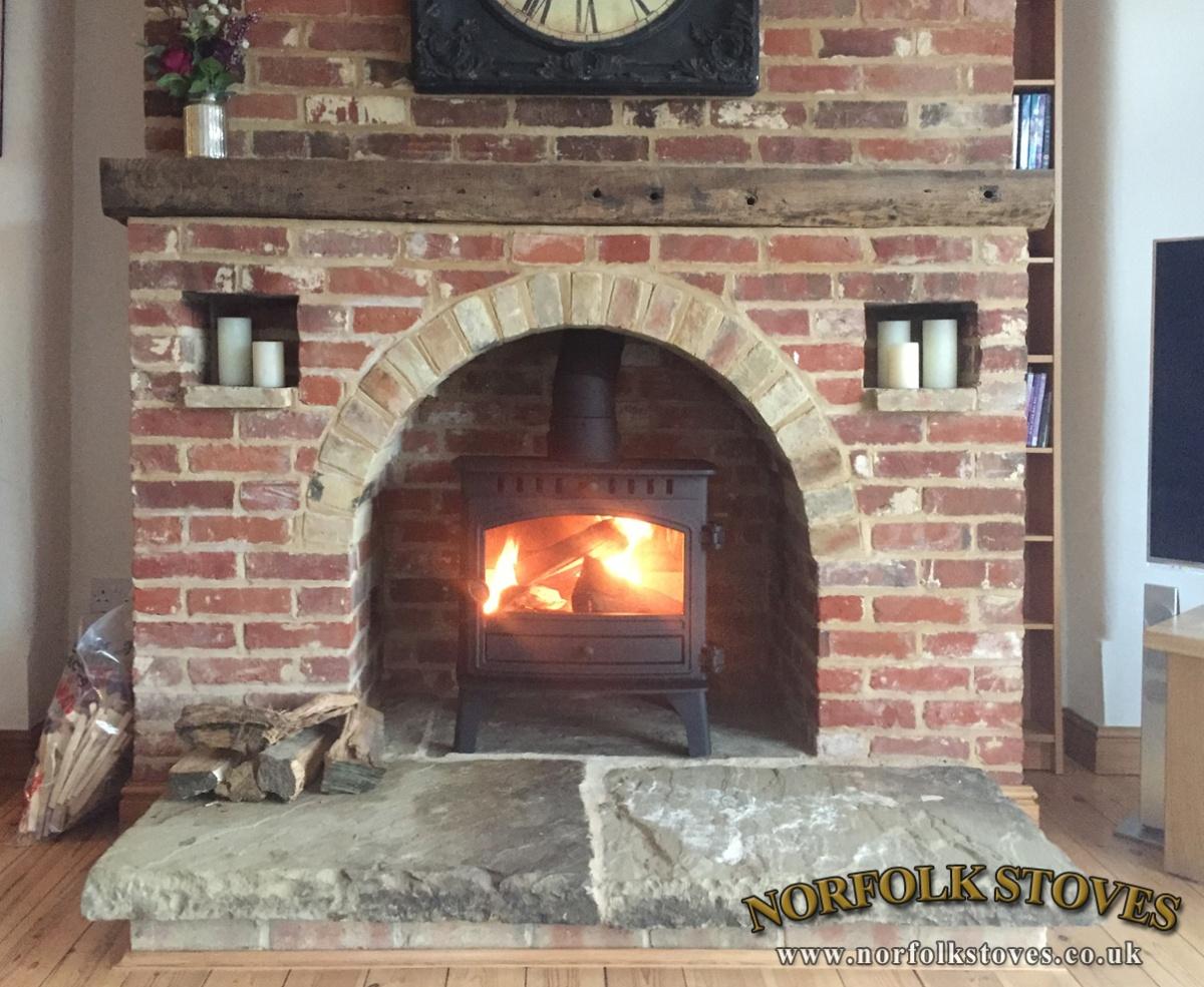 Hunter Herald 8 Slim-line, wood burner, single door model