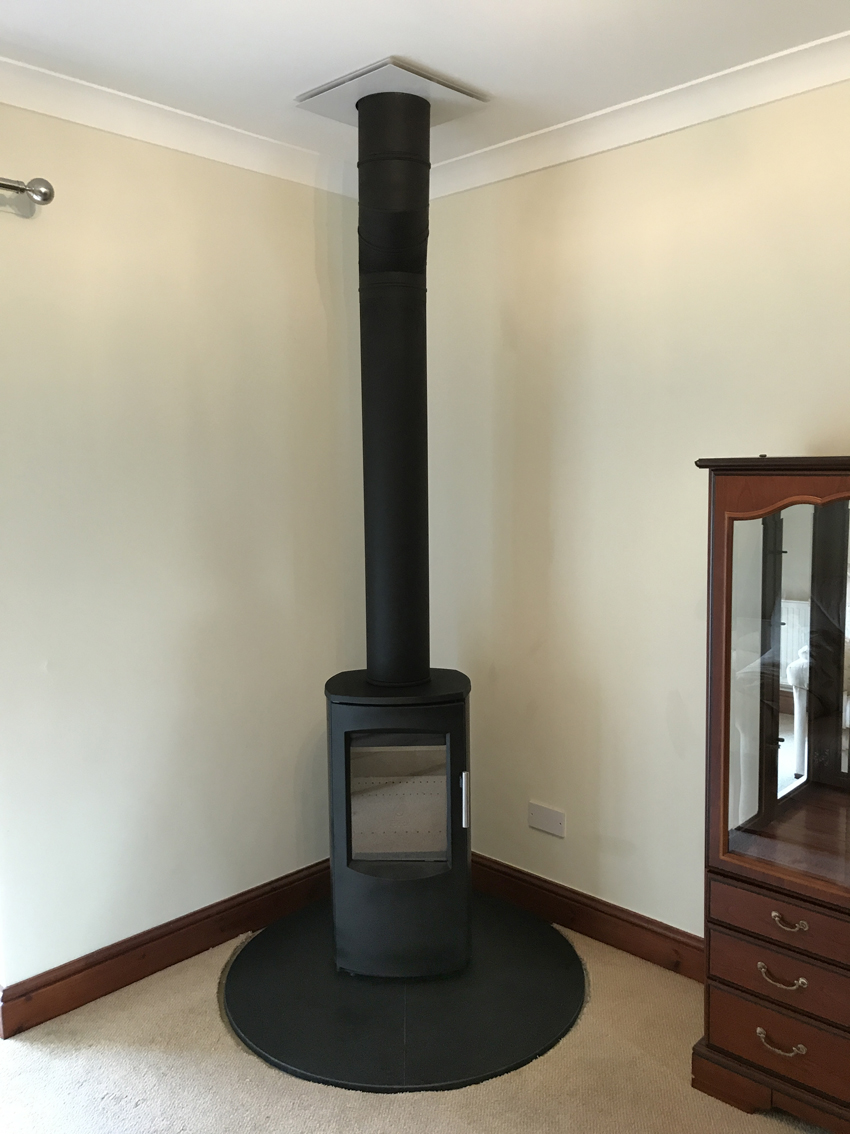 Varde Ovne Shape Two, wood burning stove
