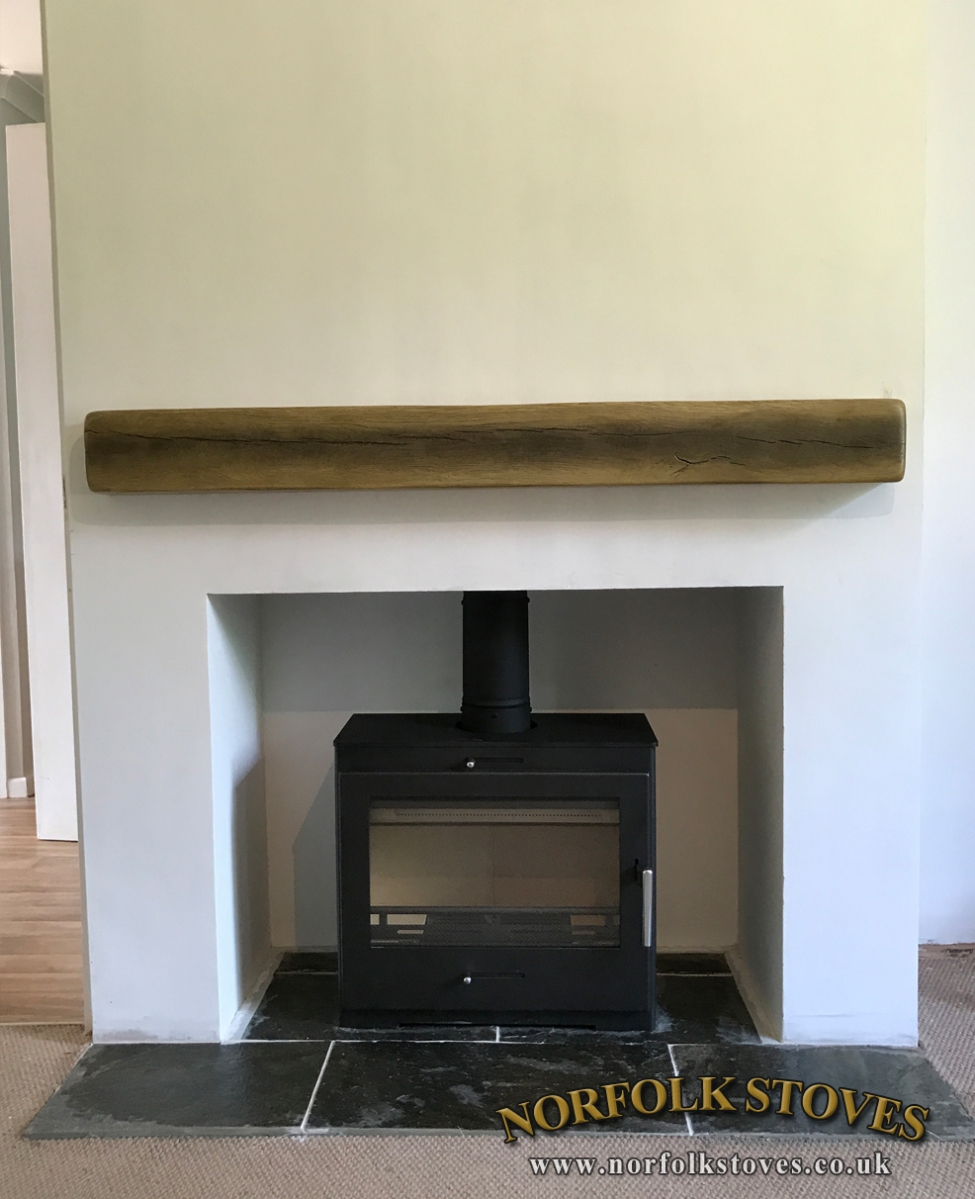 Bohemia X40 wide Multi-fuel Stove with geo cast beam