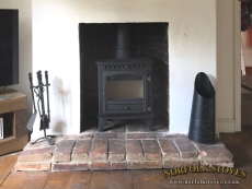 Hunter-Herald-4-Wood-Burner-Classic-Brick-Hearth
