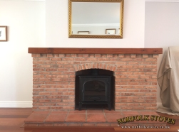 Stovax-Stockton-8-Wood-Burner-Brick-Surround